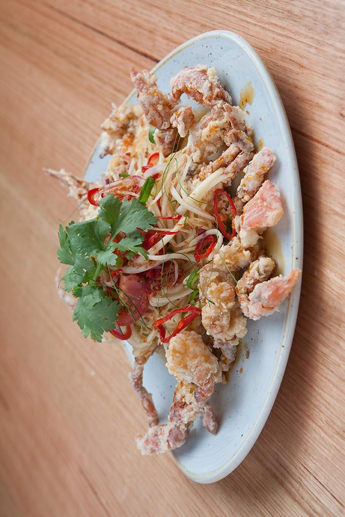 Deep fried soft shell crab with green papaya salad